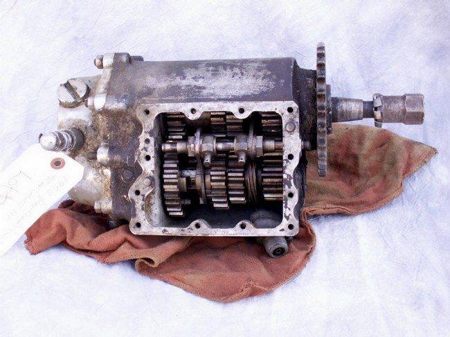 1: 1950 Four Speed Transmission