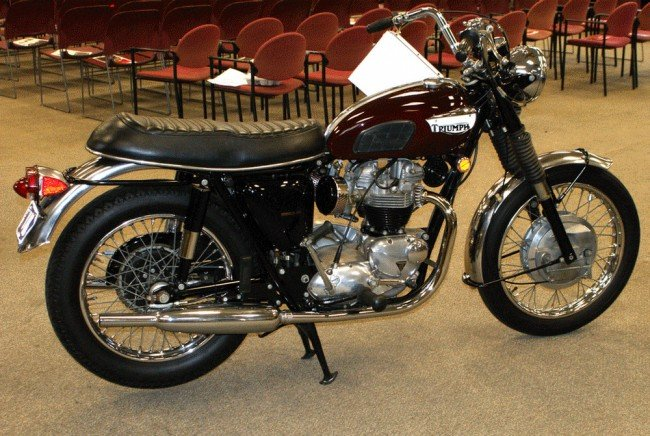 12A: 1969 Triumph Bonneville 650, red, has title