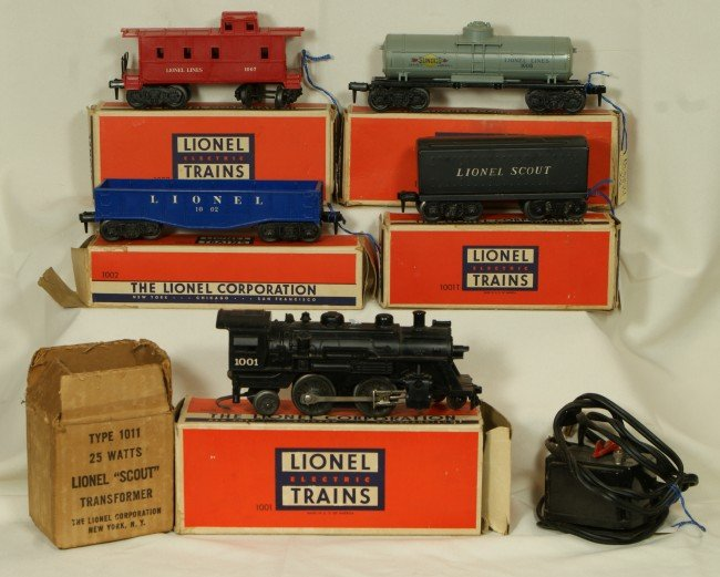 3: Lionel Scout Set with transformer, OB
