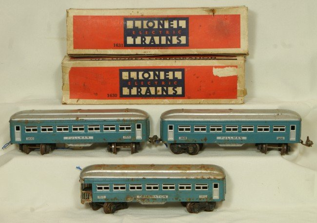 8: (3) Lionel passenger cars, 2 1630 & 1 1631 with 2 OB