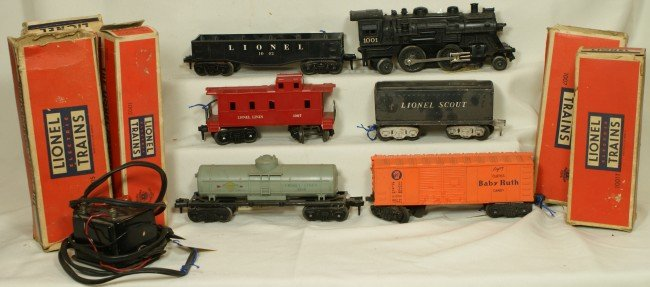 10: Lionel Scout Set with transformer, some OB