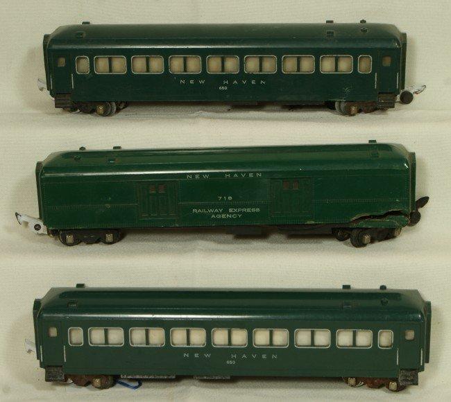 20: (3) American Flyer green passenger cars, 2 #650, 1