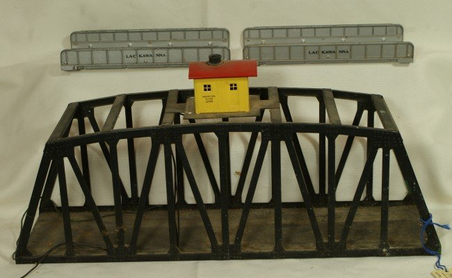 22: (3) American Flyer bridges