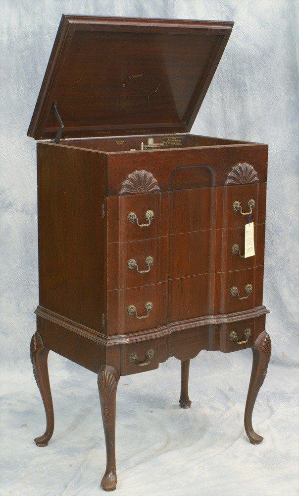 350: Brunswick Panatrope radio/phonograph, radio workin
