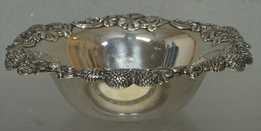 66: Tiffany and Co Makers, sterling silver bowl with Ch