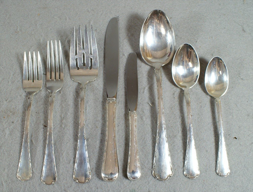 50: 52 pcs Towle Petit Point sterling silver flatware,
