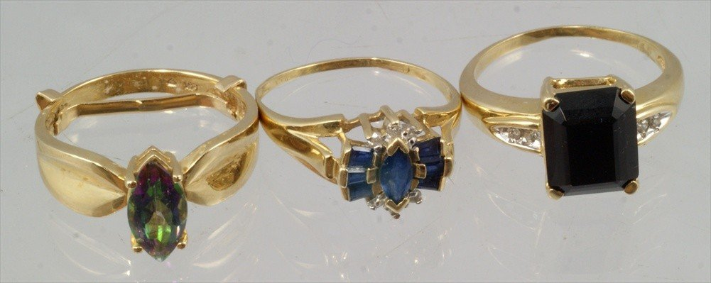 52: (3) 14K YG ladies rings with colored stones, sapphi