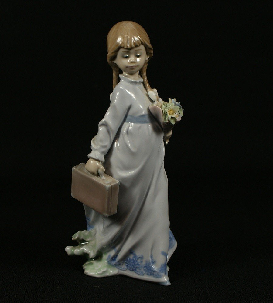 3: Lladro, School Days, Lladro Event Figurines, #7604,