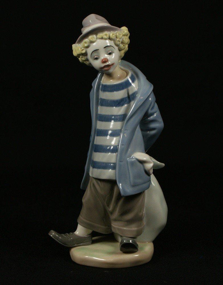 6: Lladro, Clown, Lladro Event Figurines, #E23S, talles