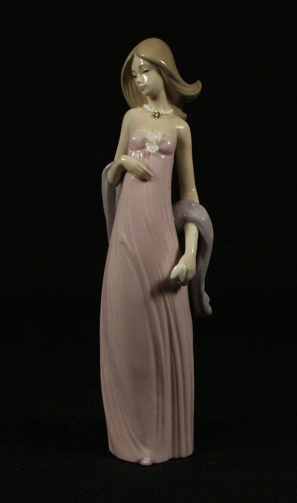 15: Lladro, Ingenue Princess House exclusive,  tallest
