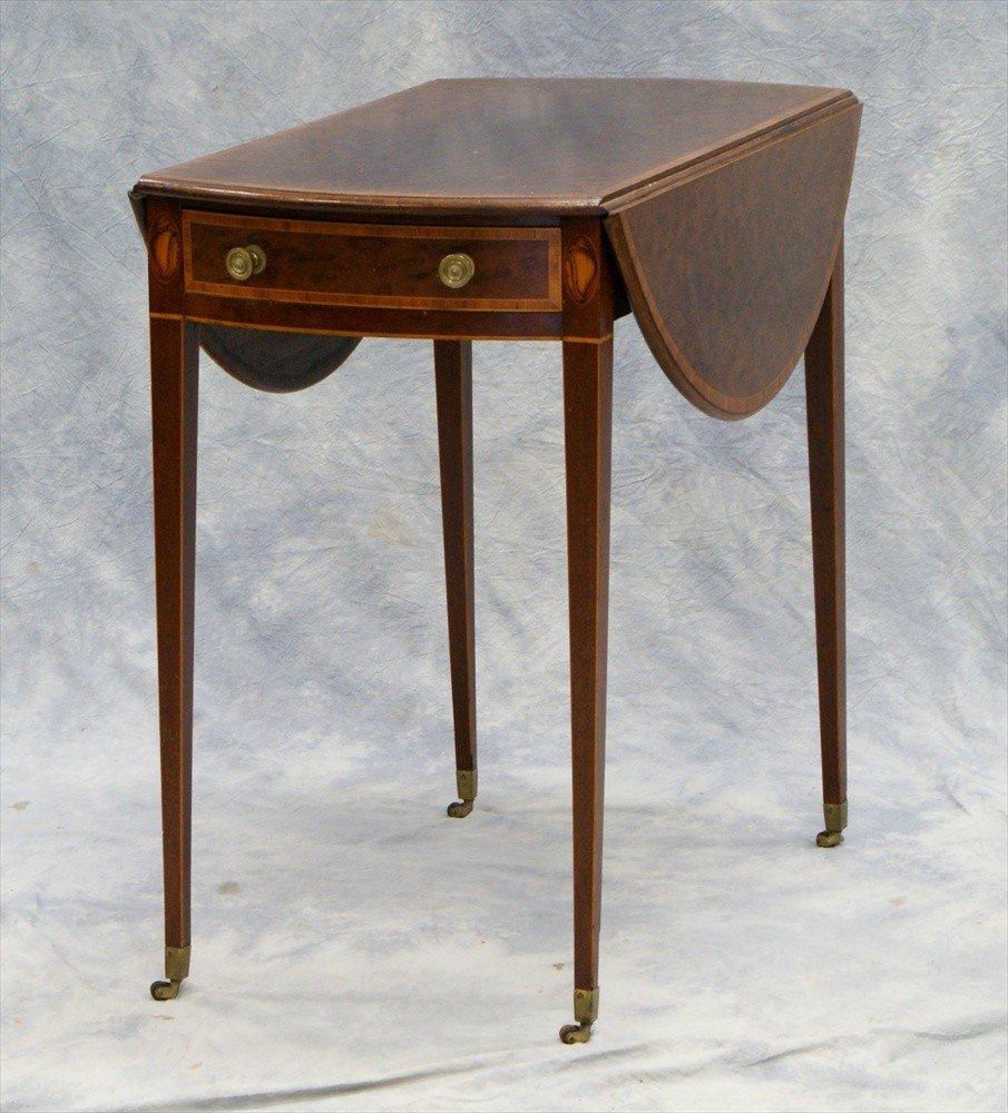 154: Georgian inlaid mahogany Hepplewhite pembroke tabl