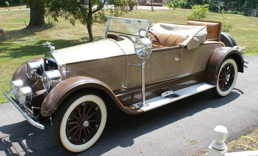 211: 1926 Pierce Arrow Model 80 rumble seat runabout, S