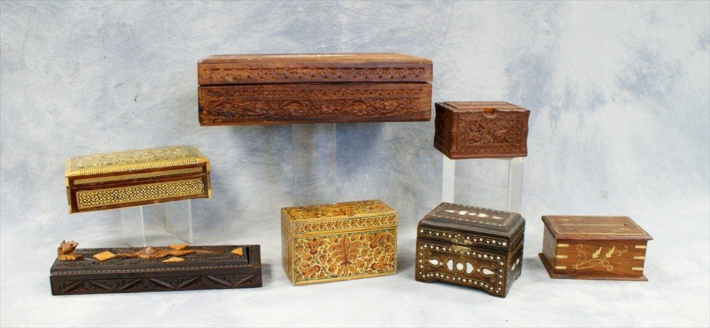 10111: (7) Assorted Near Eastern & Asian boxes, 20th C,