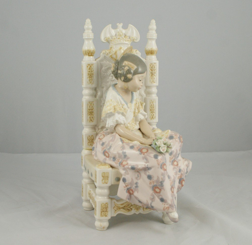 "1201: Lladro figurine, ""Second Thoughts"", 1982, 10 7/8"""