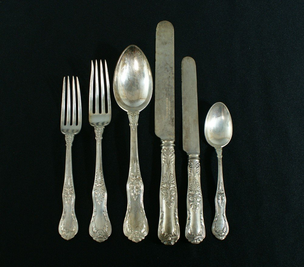 2029: 57 pcs Tiffany & Co plated silver flatware c/o 9