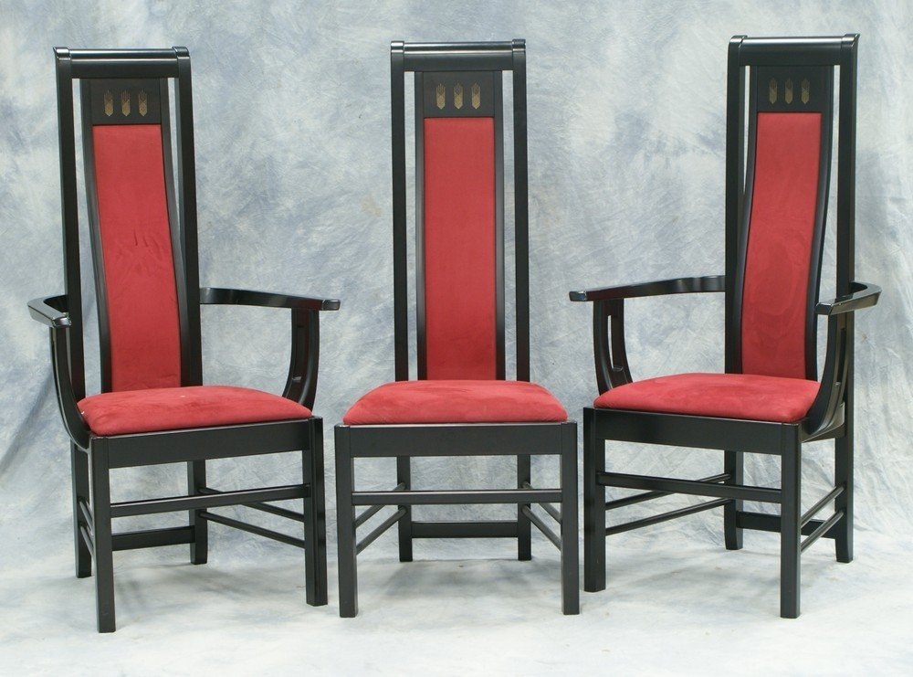 2110: 8 black lacquer Japanese dining chairs by Morishi