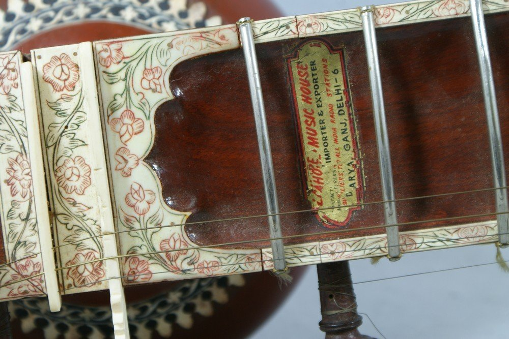 2058: Carved and inlaid sitar, labeled from the Lahore  - 7