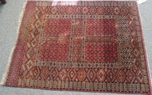 213: 4.3 x 5.4 Turkamen prayer rug