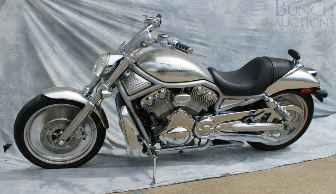 25: 2002 Harley Davidson v-rod, First year, Stored in - 4