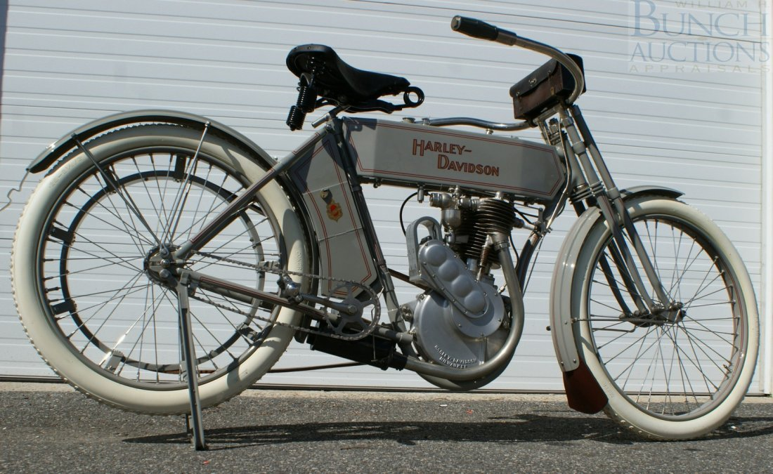 67: 1910 Harley-D Model 6A, This was the bike, a simple