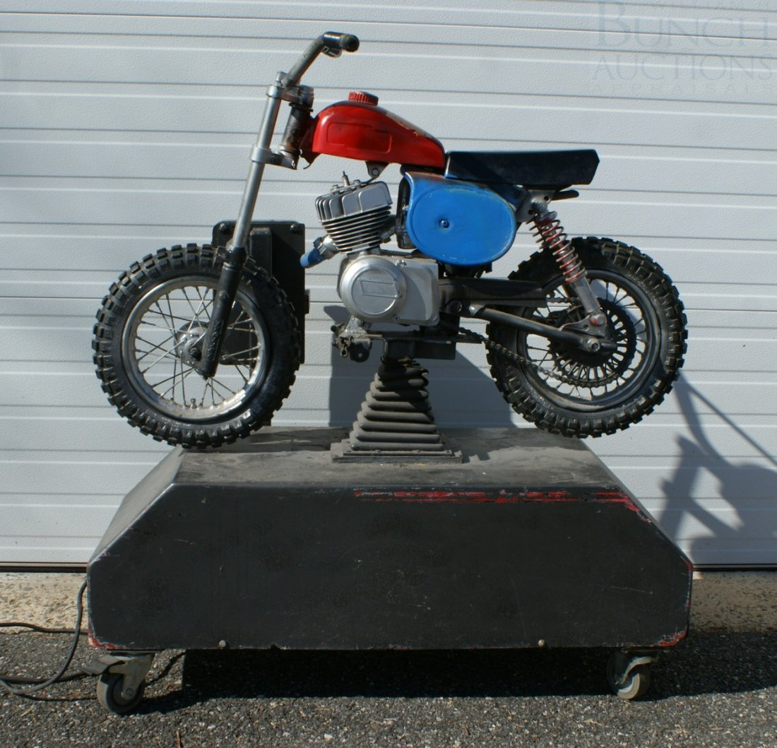 11: Italjet mini bike converted and mounted as a coin o - 4
