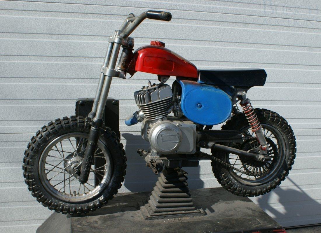 11: Italjet mini bike converted and mounted as a coin o - 5