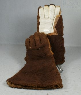 Leather And Plush Brown Driving Gloves, Linen Line