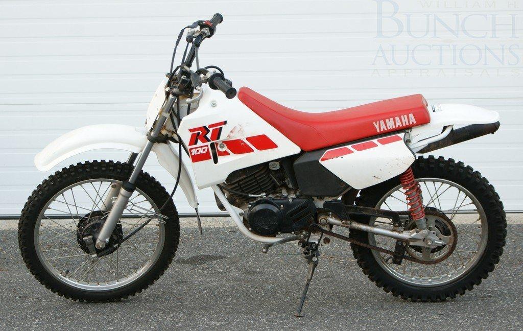 178: 1990 Yamaha 100, has title