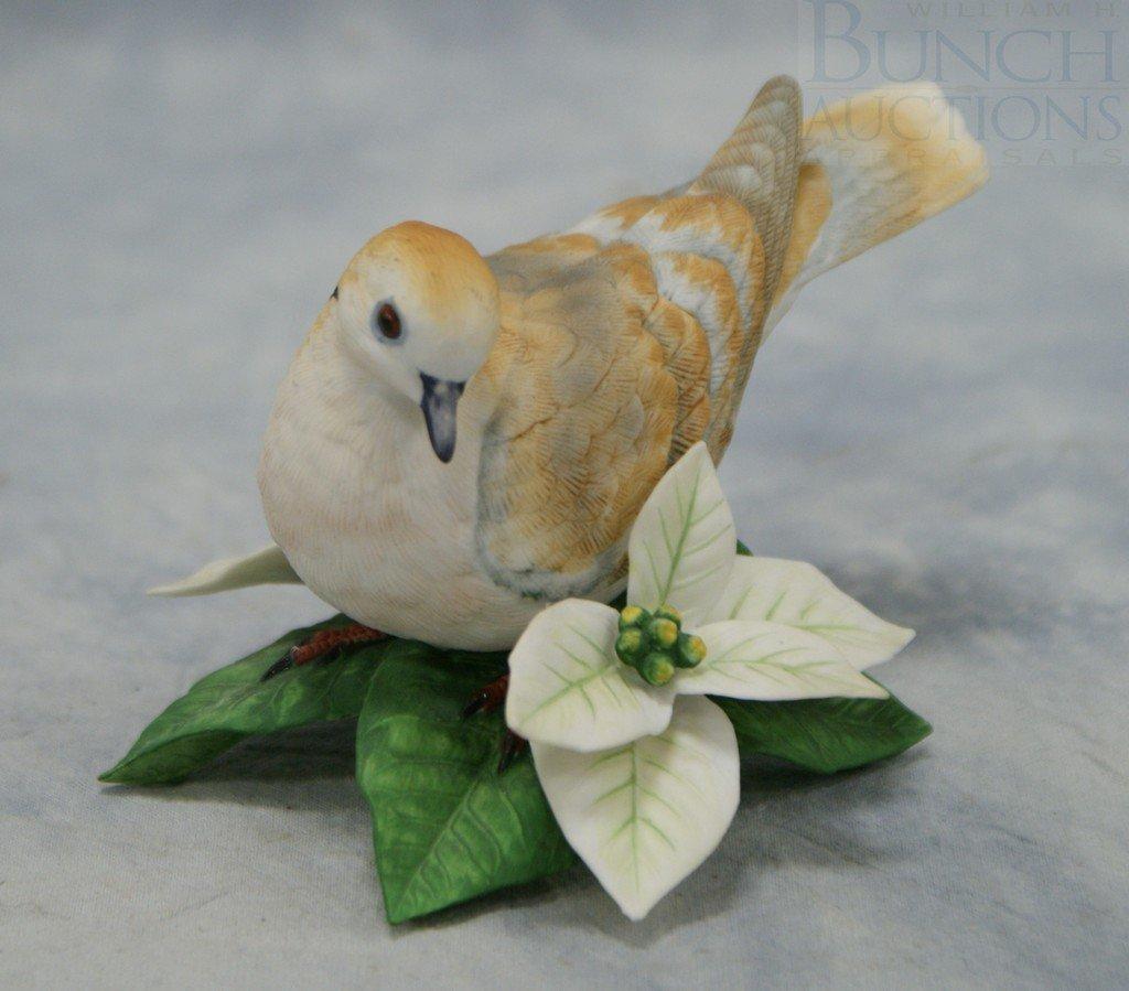 "3070: Lenox Turtle Dove fine porcelain figurine, 3"" tal"