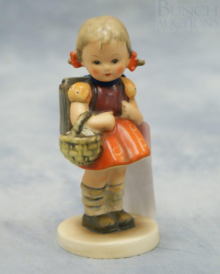"""3076: Hummel figurine """"School Girl"""" no 81/2/0, 4 3/8"""" t"""
