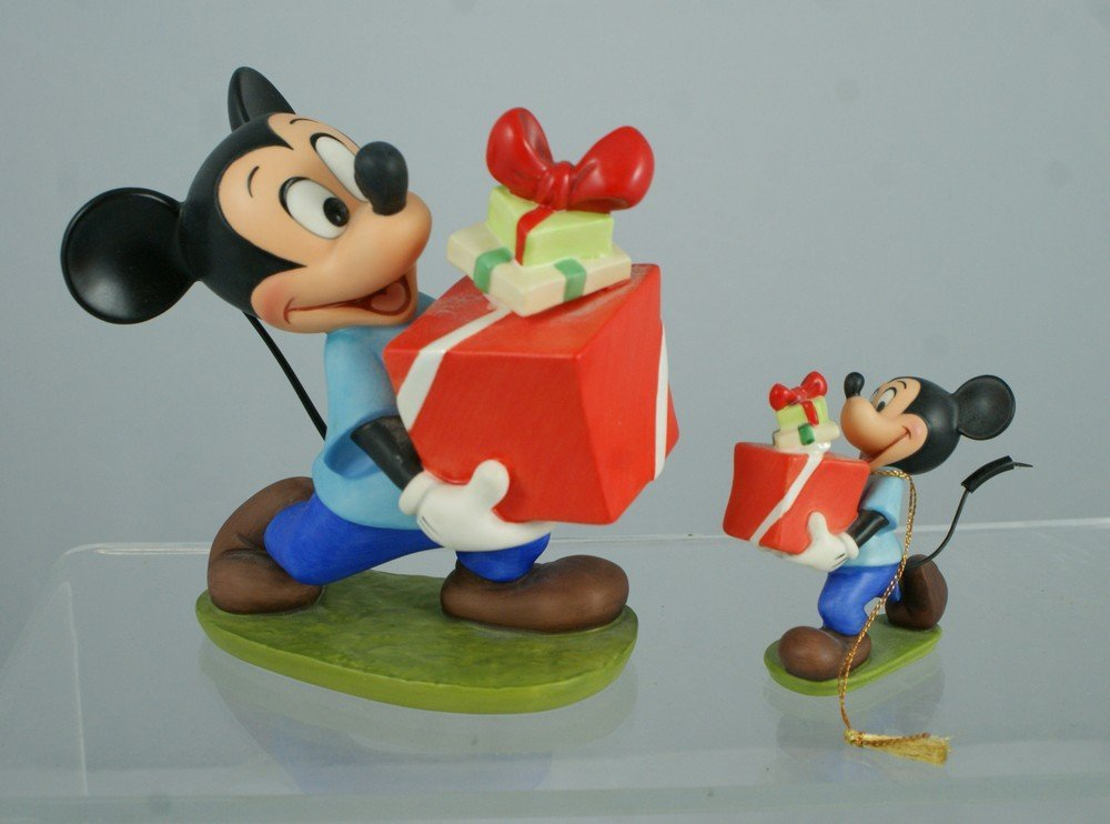 3040G: Pluto's Christmas Tree, Mickey Mouse, Presents f