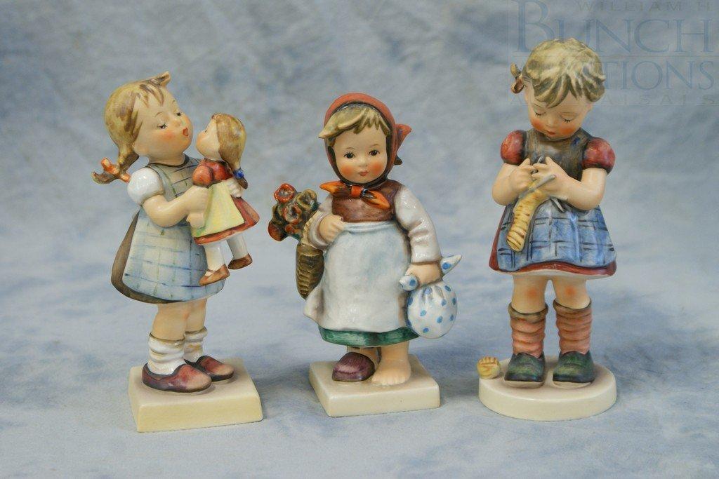 3153L: (3) Hummel Figurines, A Stitch in Time, 255, TMK