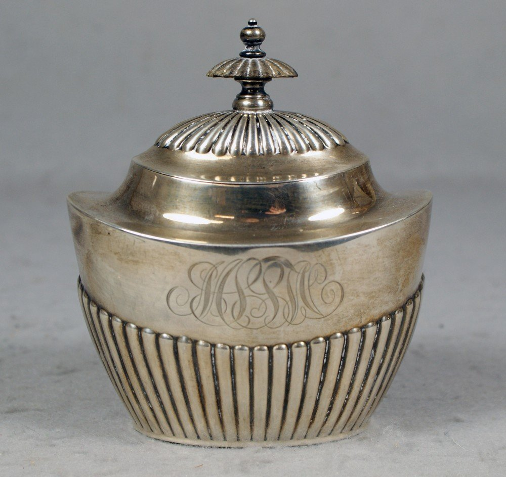 4047: Gorham sterling silver sugar bowl with hinged lid