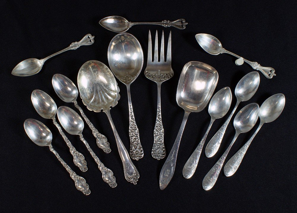 4059: 4 sterling silver serving spoons/fork, with 4+4+3