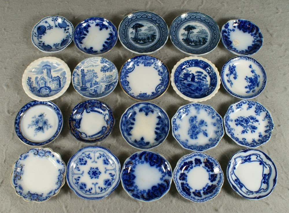 """4205: 20 assorted English blue transfer butter pats, 3"""""""