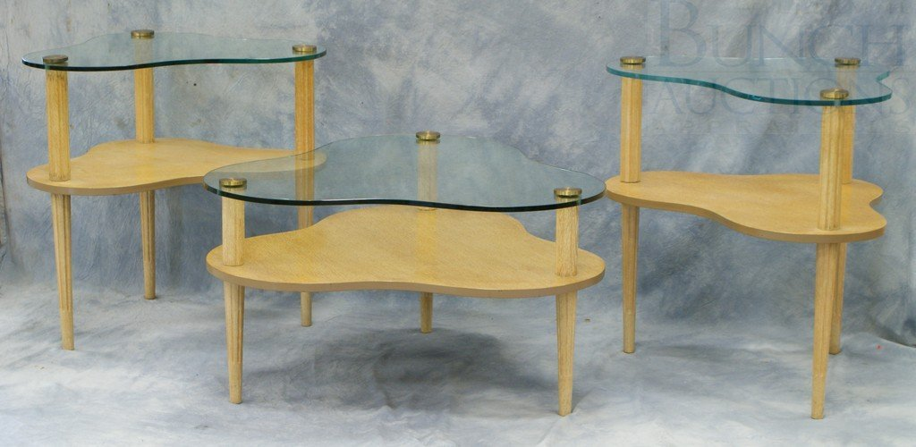 4197: 3 pc light oak cloverleaf table set with glass to