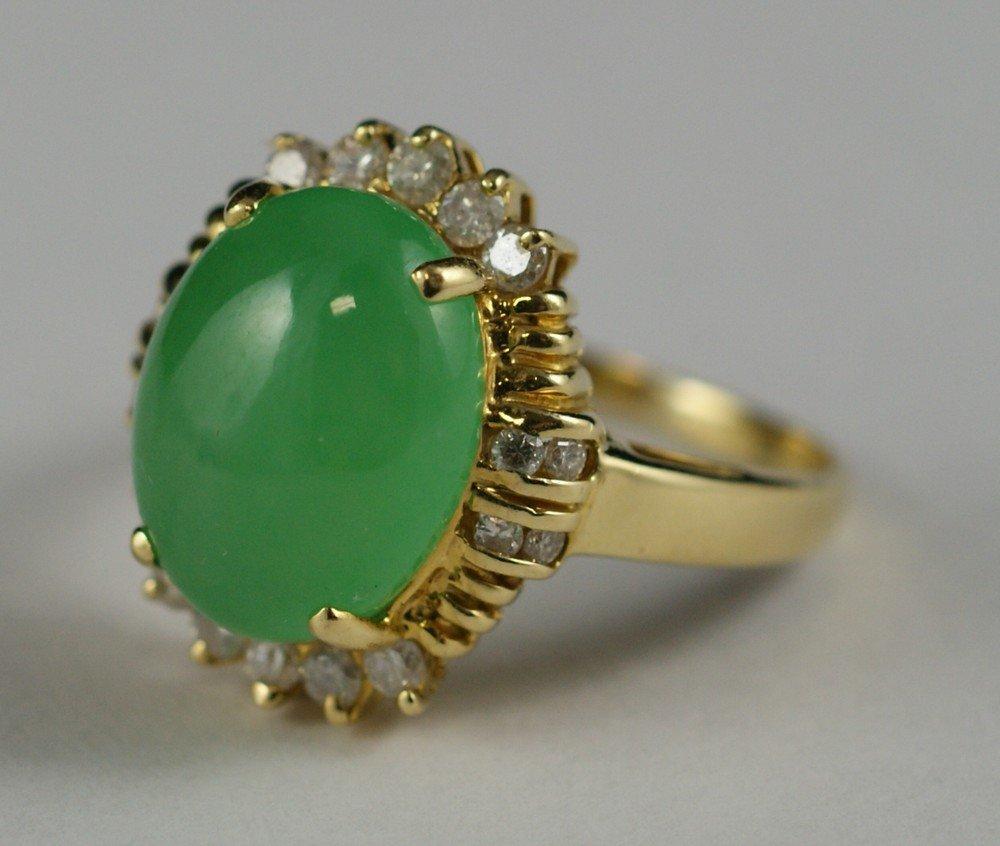 4100R: 18K YG jade and diamond ladies ring, 13 x 10 mm