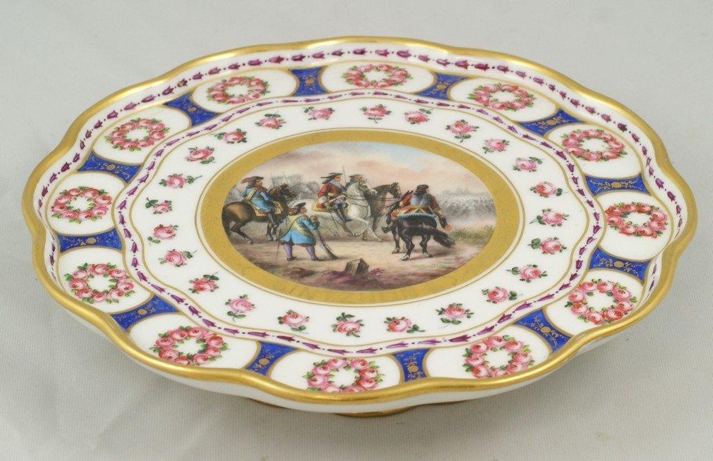 6149: Sevres style porcelain dessert stand, scene depic