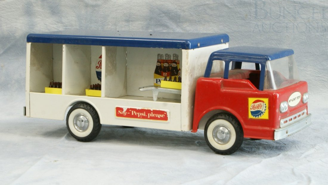 7004: Ny-Lint Toys pressed steel Pepsi delivery truck,