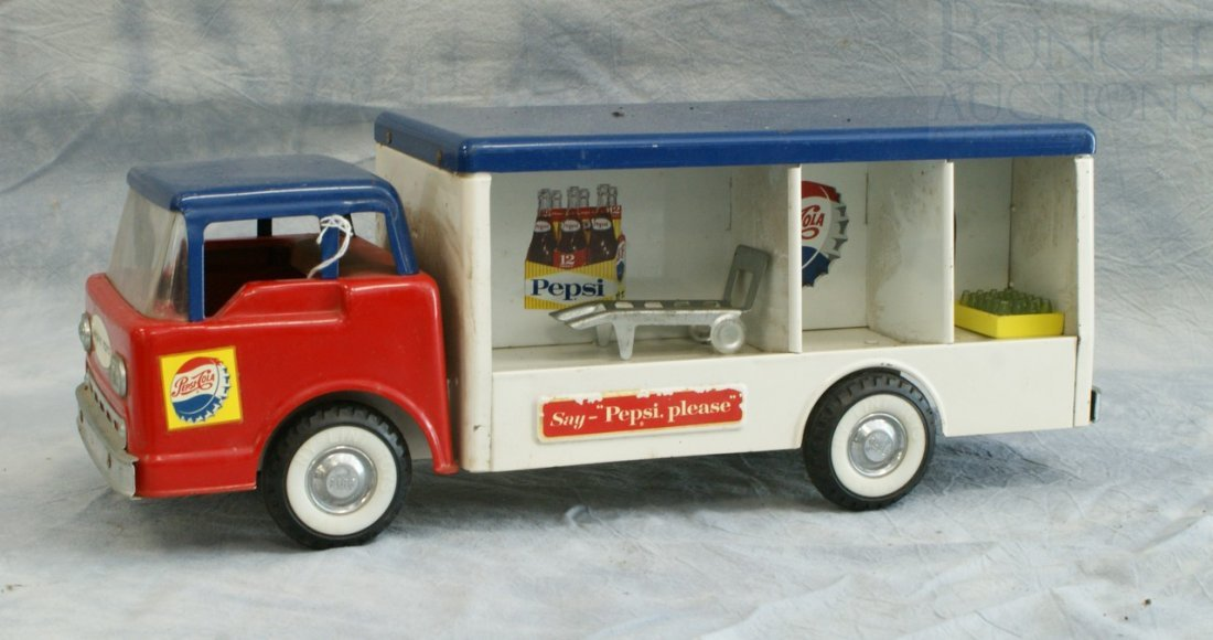7004: Ny-Lint Toys pressed steel Pepsi delivery truck,  - 3