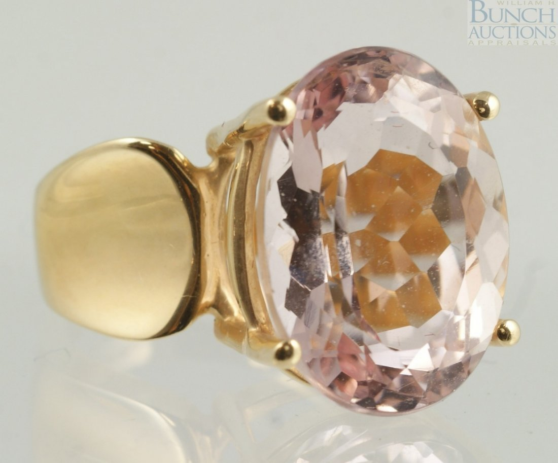12004: 14K YG ladies ring with very pale amethyst color
