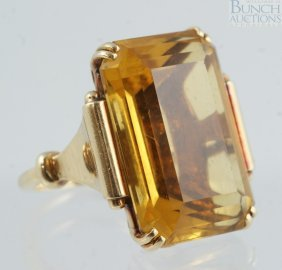 14K YG Emerald Cut Citrine Ladies Ring, 22 X 15m