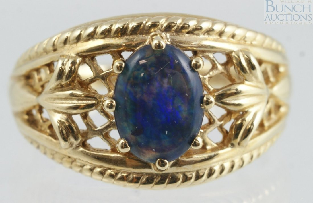 12022: 14K YG blue cabochon, probably lapis, ladies rin