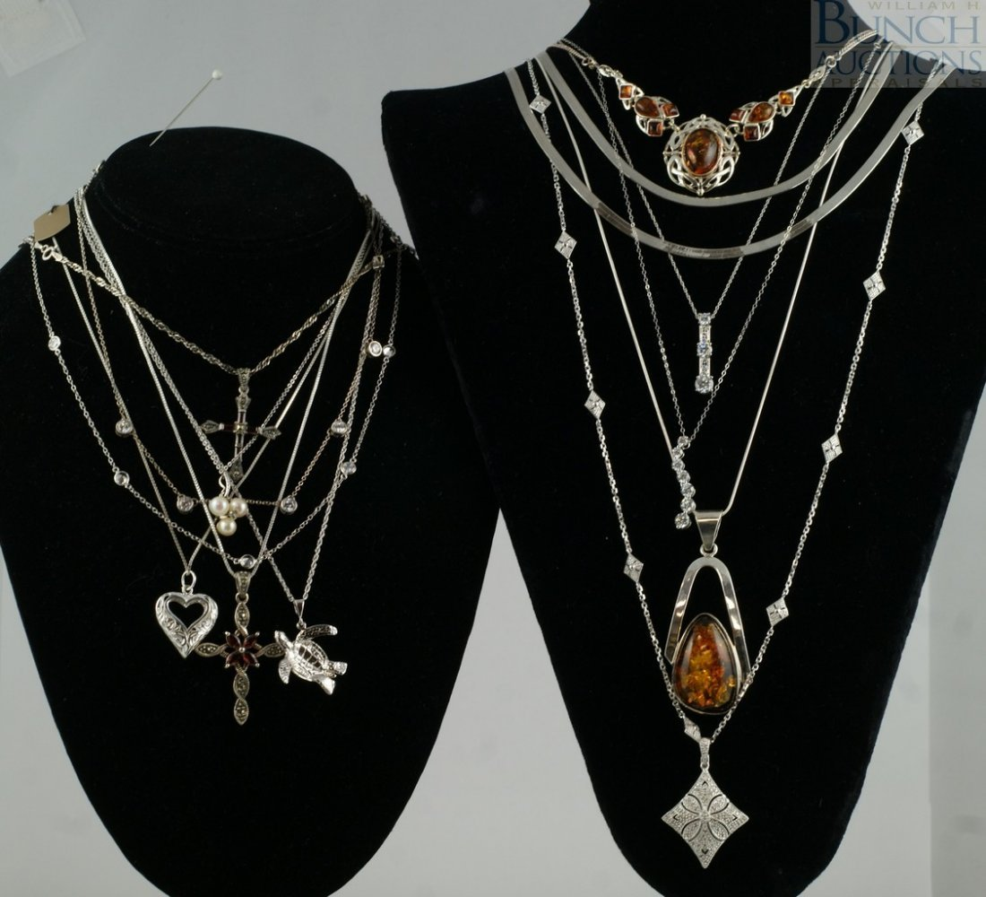 12121: 14 sterling silver necklaces, chains, pendants,