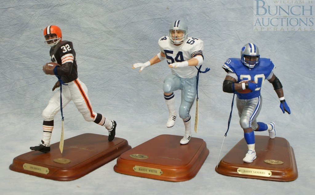 8289: (3) Danbury Mint football figures, Dallas Cowboys