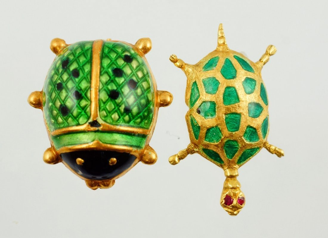 """18K Italy enameled lady bug pin, 3 /4"""" l,  with an 18K"""