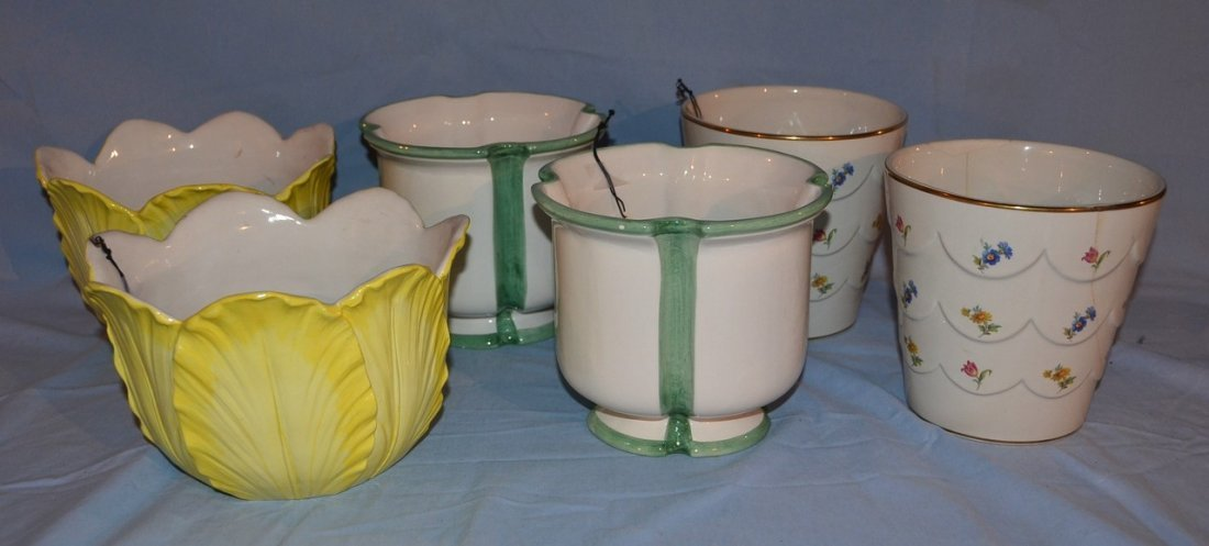 3 pair of cachepots.