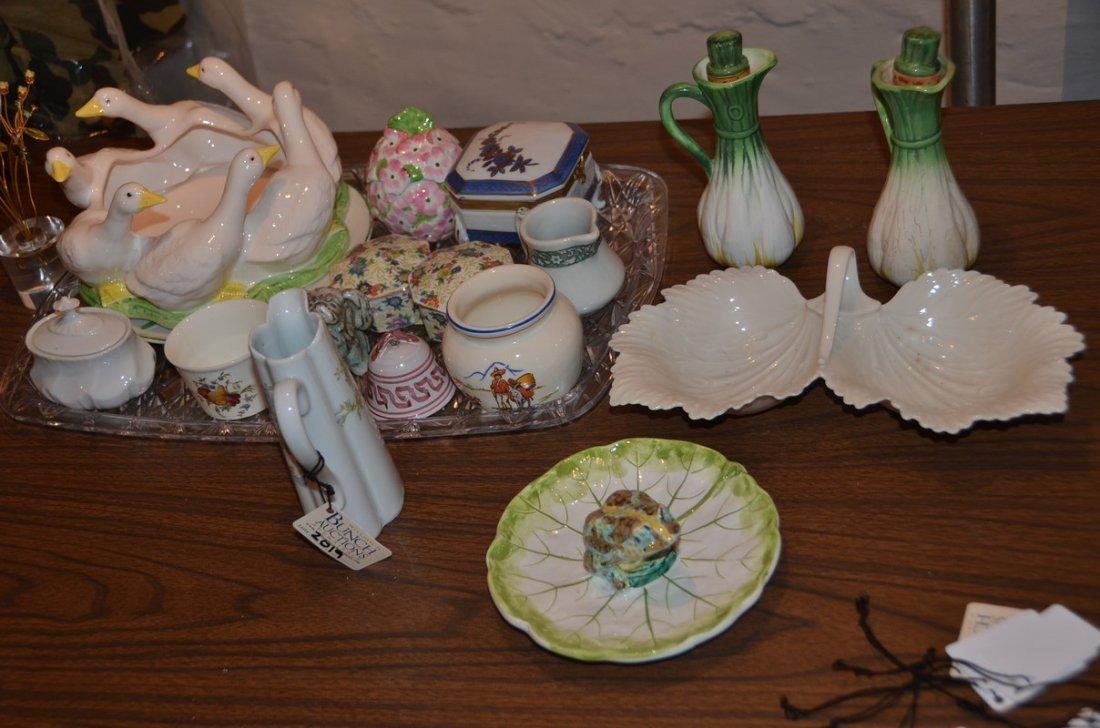 Porcelain, including 4 covered boxes, creamer, sugar,
