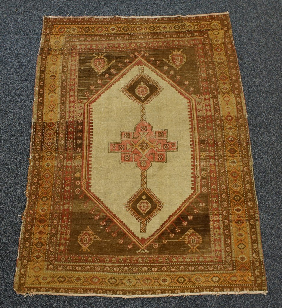 "4'4"" x 6' Turkish throw rug"