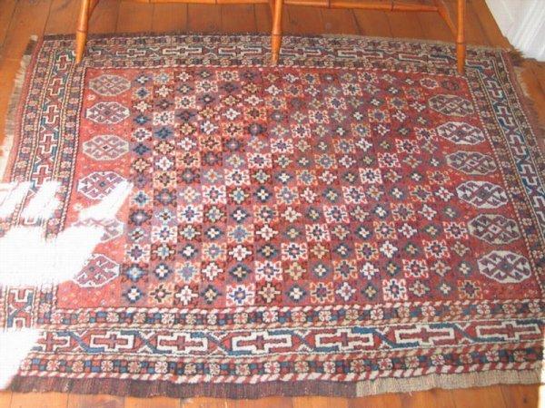 """11: 4' 3"""" x 5' 7"""" Turkish throw rug. *HFH."""